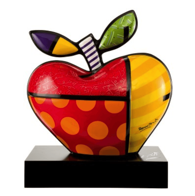 The porcelain Big Apple by Romero Britto