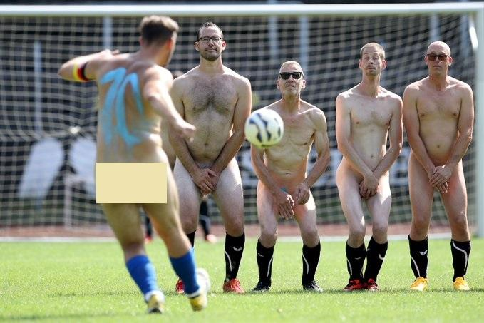 Naked Footballers