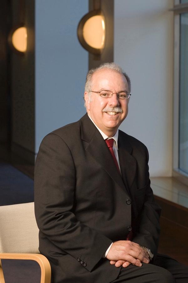 Dr Paul De Barro