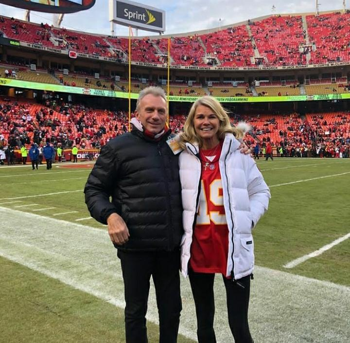 NFL legend Joe Montana Jennifer