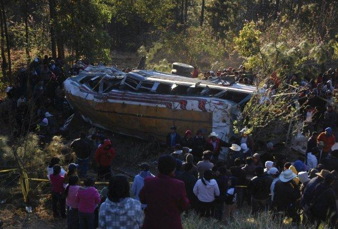 18 retirees killed as tour bus plunges into deep ravine in Thailand