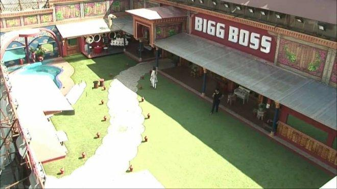 Bigg Boss 10 SHOCKER: Here's the first wild card contestant of the house