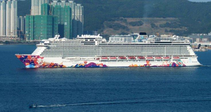 World Dream Cruise Liner