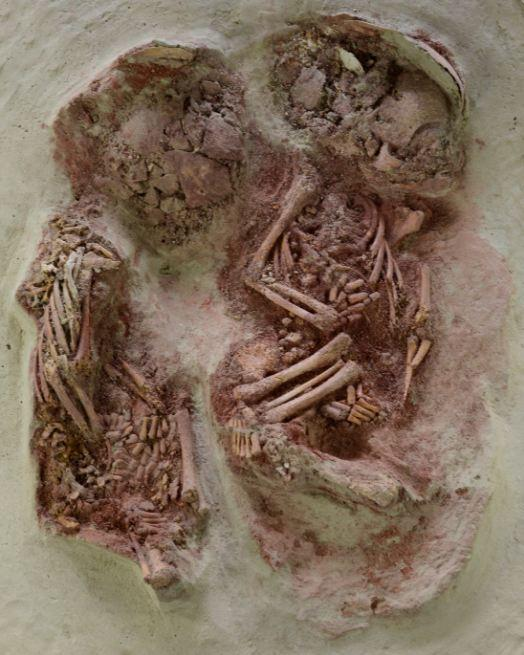 Infant double burial