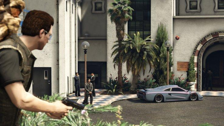 GTA 5: Bodyguards in Import/Export DLC