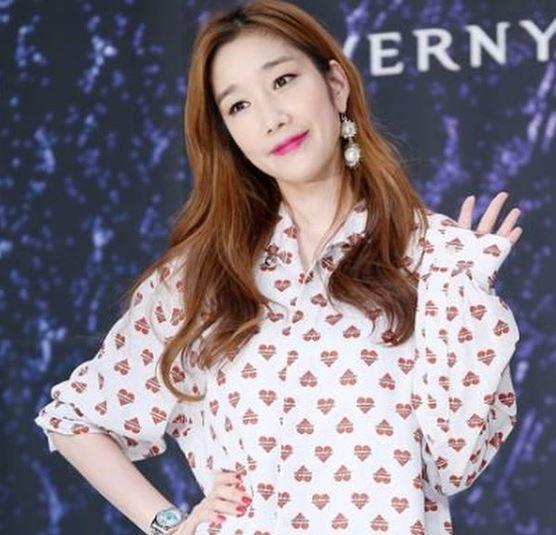 Ha Joo Yeon