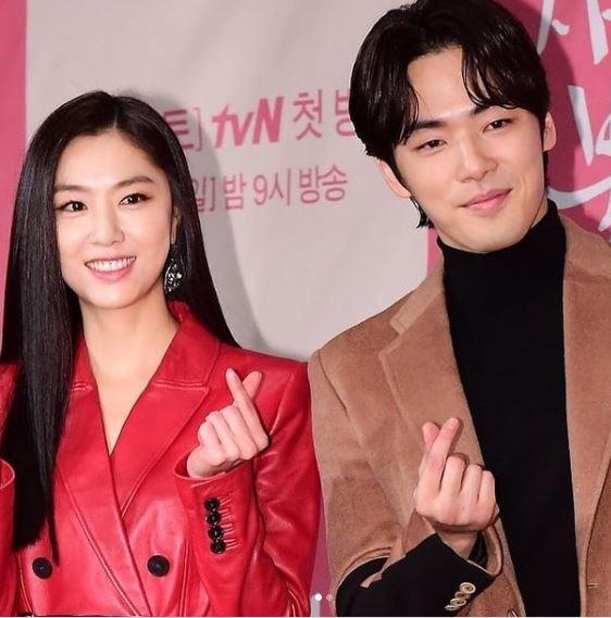 Seo ji Hye Kim Jung Hyun