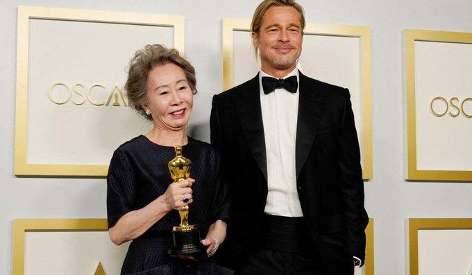 Youn Yuh Jung and Brad Pitt