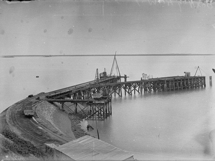 Port Darwin jetty,14 February, 1903
