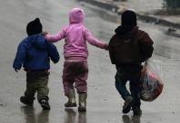 Syrian rebels say Shiite militias blocking evacuation as Assad and Russia win back Aleppo