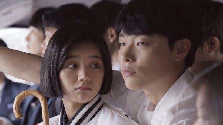 Hyeri and Ryu Joon Yeol in Reply 1988.