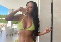 Kim Kardashian sexy photo