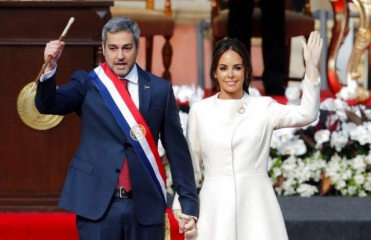 Mario Abdo Benítez and wife