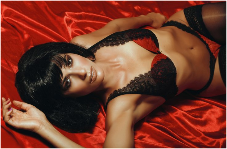 Women Hot Lingerie Bra Panty Underwear