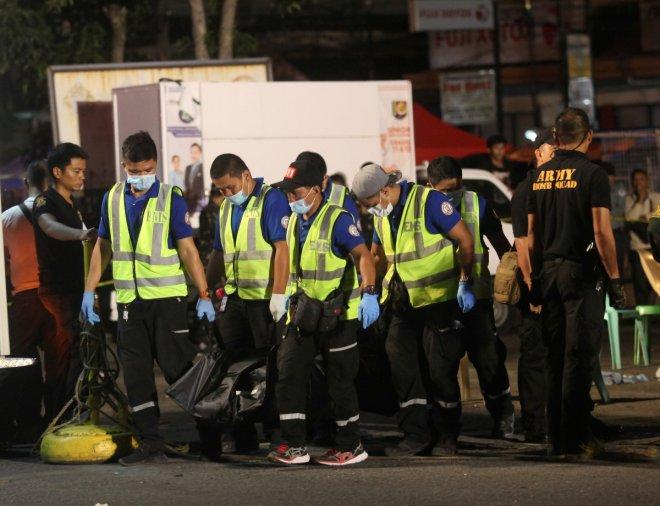 Christmas Eve blast near Philippine church injures 13