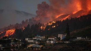 Lava approaching a house on La Palma