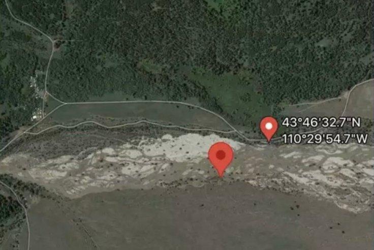 Petito Body location