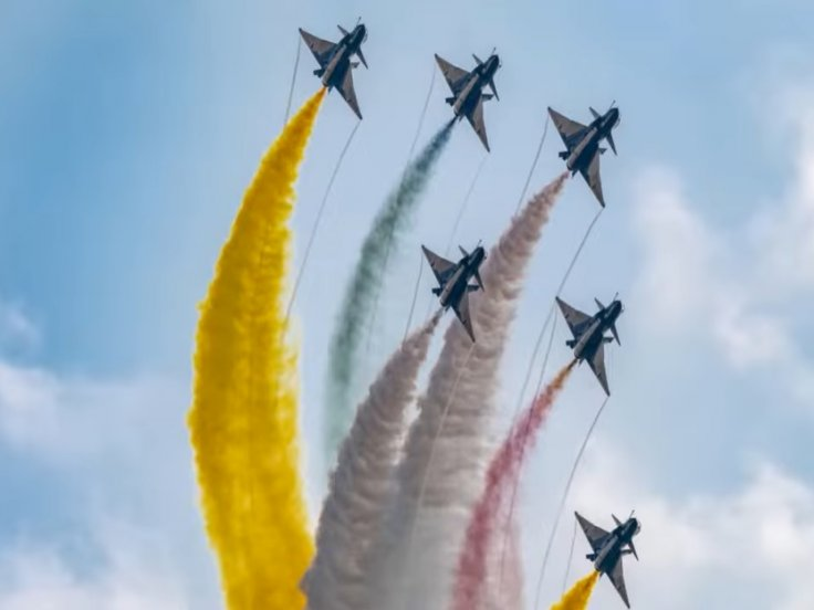China's largest military airshow kicks off in Zhuhai