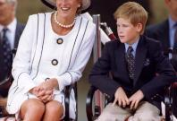 Princess Diana: Princes commission statue 20 years after their mother's death