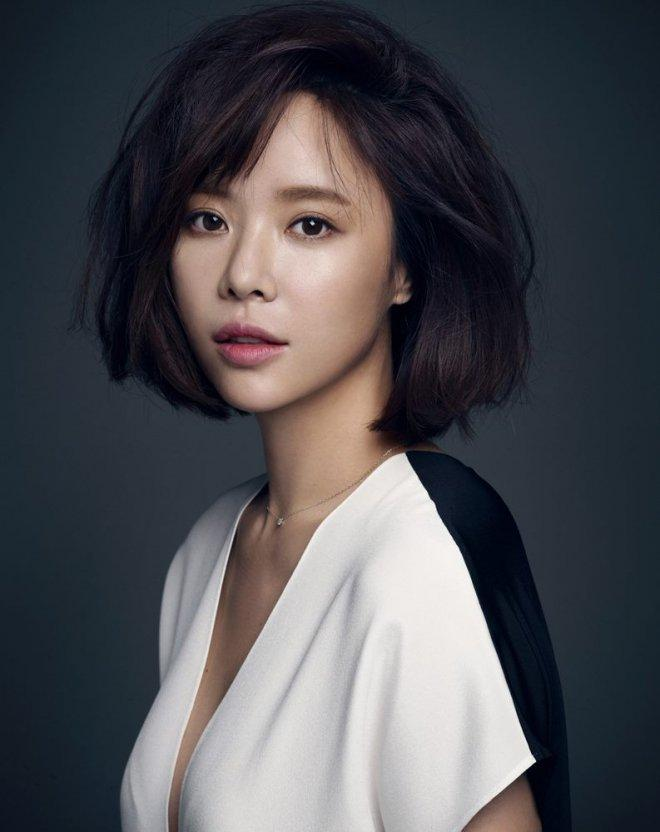Actress Hwang Jung Eum to step into motherhood!