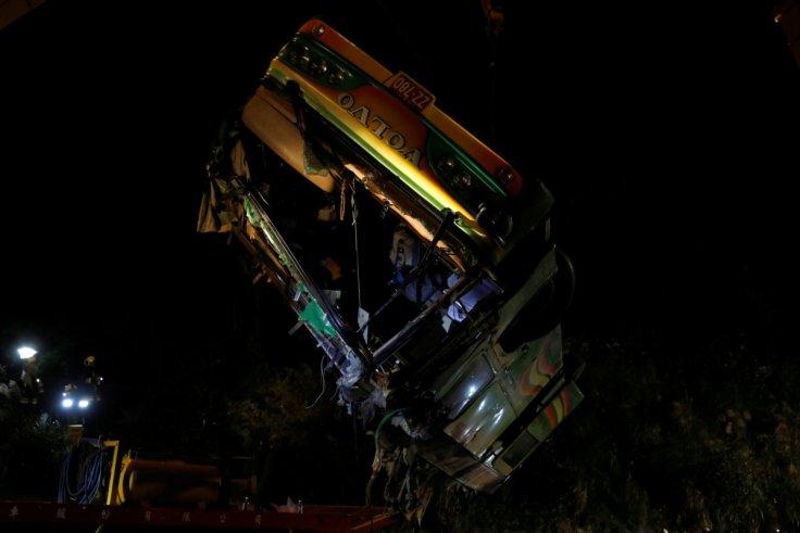 Taiwan tour bus accident kills 32