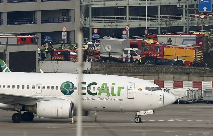 10 killed, 30 wounded in suicide attacks in Brussels airport