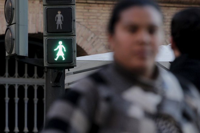 Female traffic lights to promote gender equality in Australia