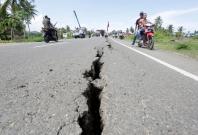 5.5 magnitude quake rocks Indonesia's tourist island of Bali