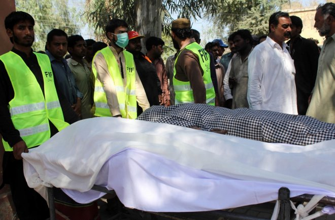 20 tortured, murdered in Pakistan Sufi shrine