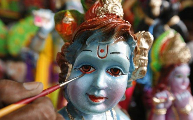 Happy Vishu 2017: Singapore celebrates the festival with Vishu Kani and Sadhya