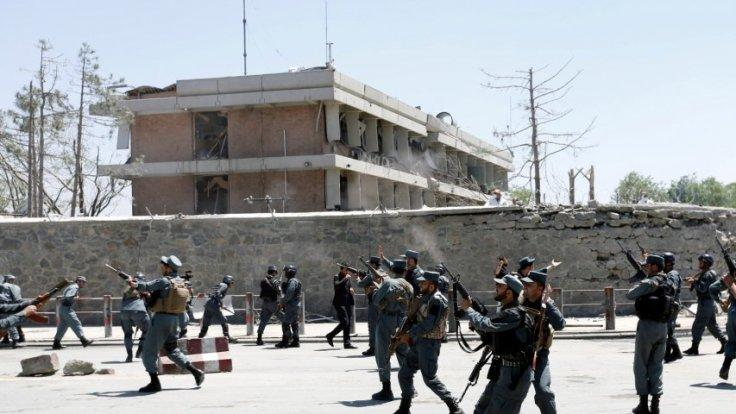 Afghanistan police fire into air above anti-government protesters in Kabul