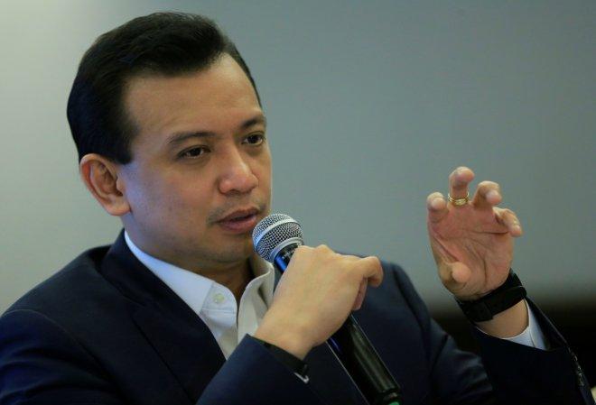 Philippines: Senator calls Duterte,