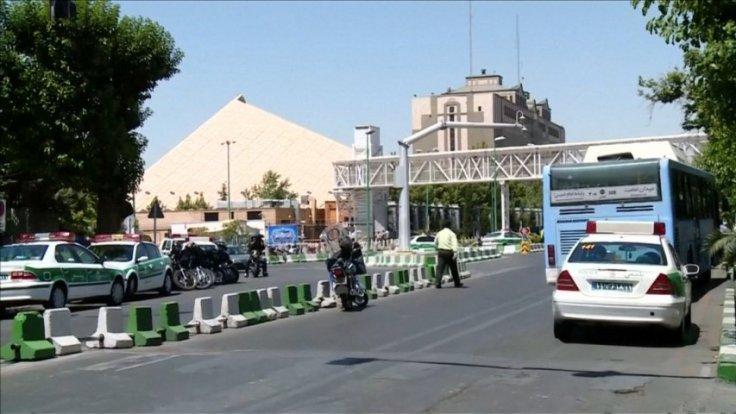 Islamic State launch simultaneous twin attacks on Iran capital