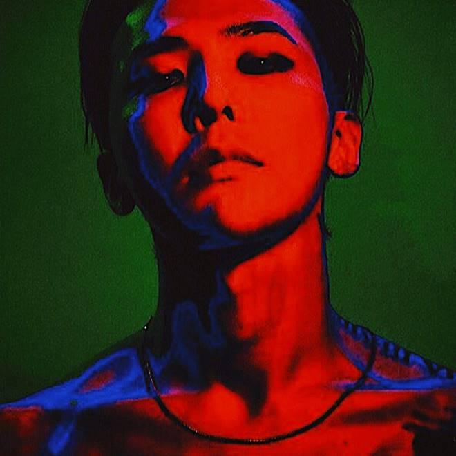 YG Entertainment justifies G-Dragon's USB album format