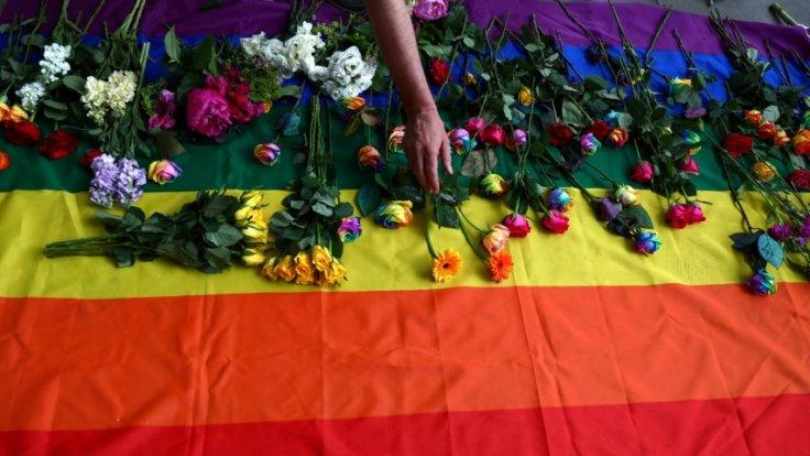 LGBT men from Chechnya arrested and tortured because of their sexuality