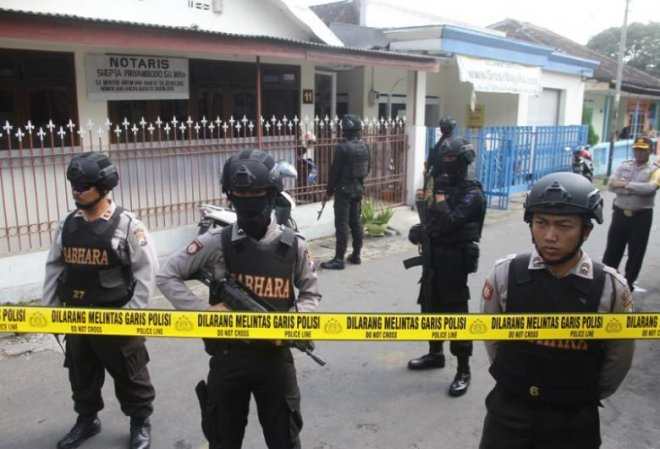 New Indonesia law to allow jailing of militant returnees